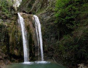 gora-plyakho-i-tenginskie-vodopady