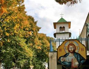 svyato-mikhajlovskij-monastyr