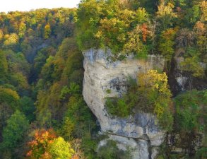 vodopady-groty-i-ekstrim-park-ushchelya-mishoko-lago-naki